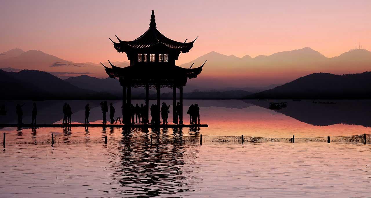 benefits of teaching in China